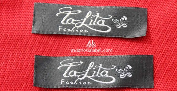 Label Satin Rajut